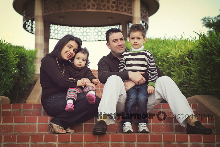 Abu-Dhabi-Family-photo-03